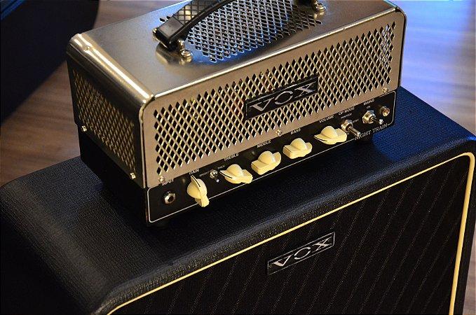 Amplificador VOX Night Train NT15H + Gabinete V212 NT