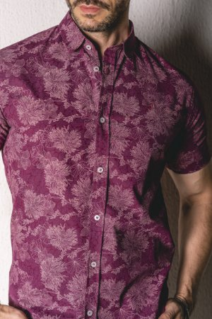 Camisa Manga Curta Slim Marsala Estampada