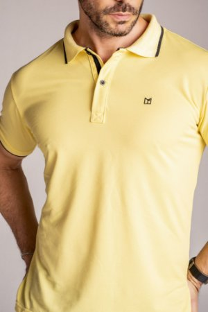 Camisa Gola Polo lisa Amarelo claro