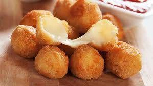 Mini bolinha de queijo - pacote 25 unid. - é só aquecer