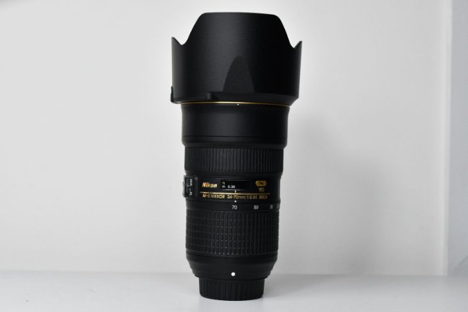Lente Nikon FX 24-70MM F/2.8E Ed Af-s VR / USADA