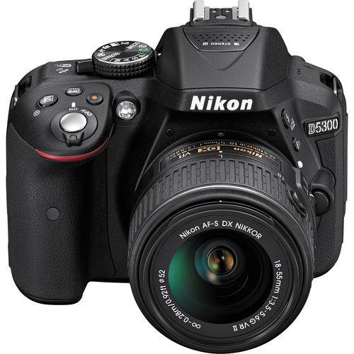 Camera Digital Nikon D5300 c/ lente 18-55mm VR  24.2 MegaPixles