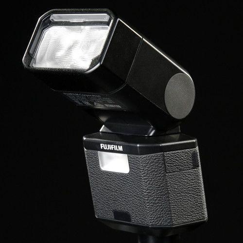 Flash Fuji Film EF-X500 TTL