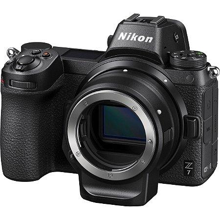 Câmera digital Nikon Z 7 sem espelho com kit adaptador de montagem FTZ
