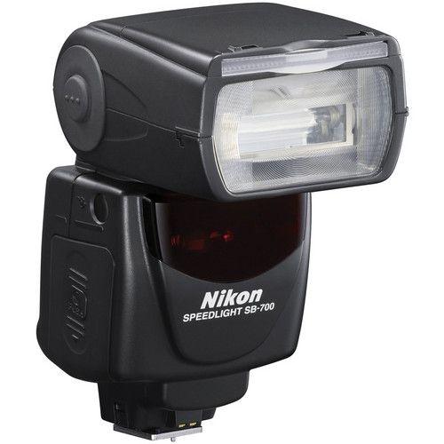 Flash Nikon SB-700 i-TTL