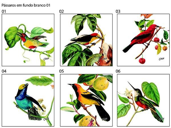 Almofada Pássaros em fundo branco (UNIDADE)
