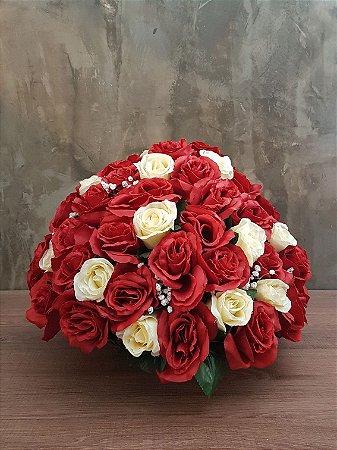 46 Rosas vermelhas E 21 creme
