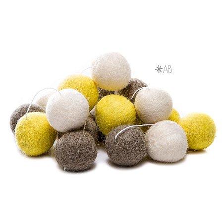 Guirlanda de Bolinhas de Feltro Combinação Amarelo, Cinza e Branco