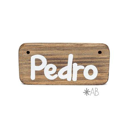 Plaquinha de madeira  para amigurumis e bichinhos para porta de maternidade.