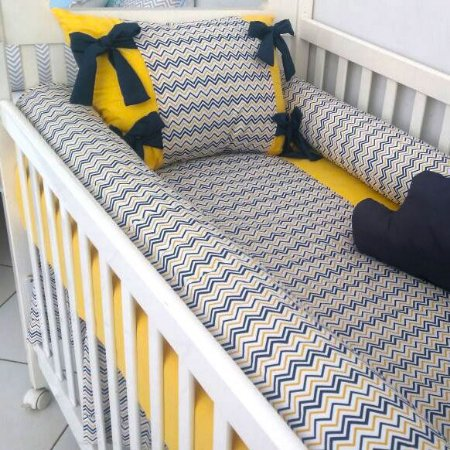 Kit Berço com Nuvem Chevron Marinho Amarelo 12 Pçs 100% Alg.