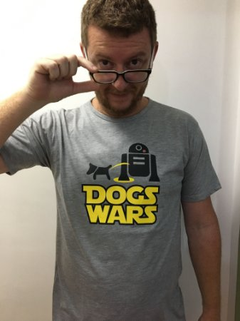 Camiseta masculina e Batinha feminina Dogs Wars - Compre igual para o seu dog!