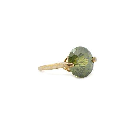 Anel Dourado Solitário Pedra Verde