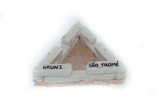 Cinzeiro triangular de pedra São Thomé - Pequeno