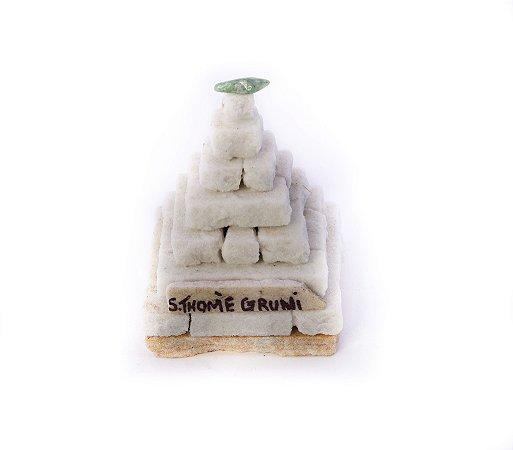 Pirâmide Decorativa São Thomé das Letras