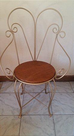 Cadeira Em Ferro E Madeira Princesa