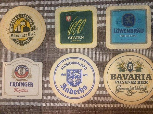 Coleção de 23 bolachas de chopp e porta copos de cerveja: Brasil, Alemanha, França e Bélgica