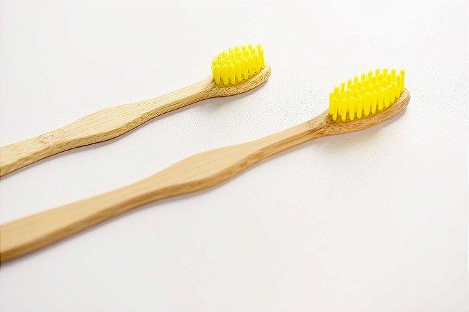 Escova de dente infantil de bambu personalizada - cerdas amarelas