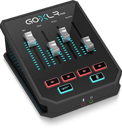 TC HELICON GO XLR MINI Mixer de transmissão online com interface USB / áudio e pré-amp Midas