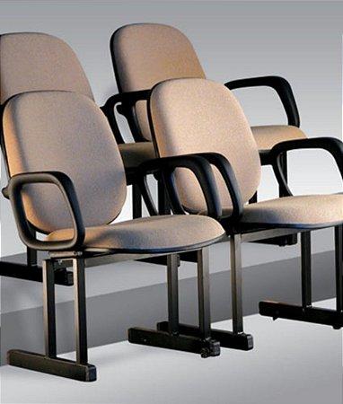 Cadeira Diretor Universitária Linha Auditório Bege