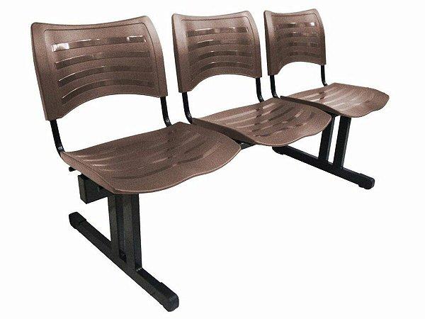 Cadeira Iso em longarina 3 lugares Linha Polipropileno Iso Marrom