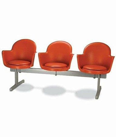 Cadeira em longarina 3 lugares Linha Polipropileno Moon Vermeho