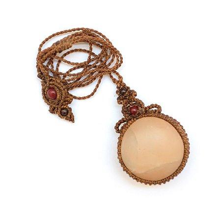 Amuleto de Selenita Dourada