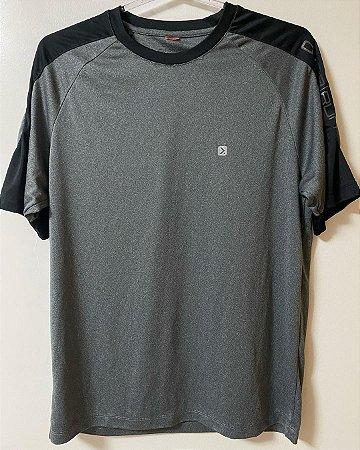 Camiseta Cinza e Preta Dry
