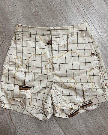 Shorts Xadrez Com Bolsos