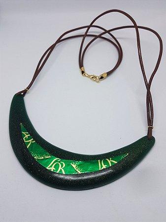 Gargantilha Meia Lua Green