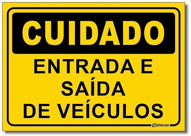 Cuidado - Entrada e Saída de Veículos