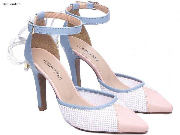 Sapato de Noiva Azul e Rosa