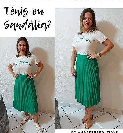 Conjunto Saia Plissada Midi e Blusa Tshirt