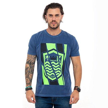 Camiseta Osklen azul logo verde com preto