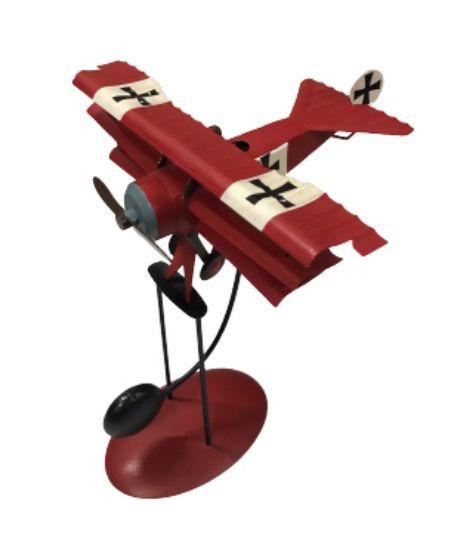 Avião vermelho com balanço