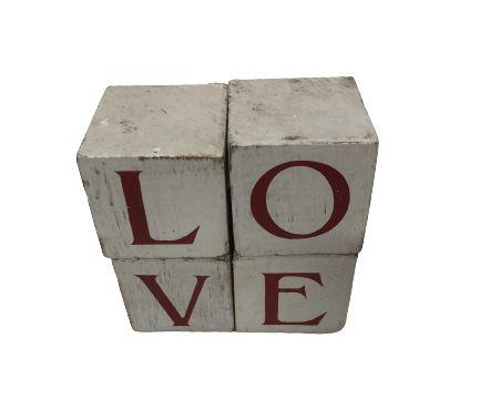 Cubo Love letras branco