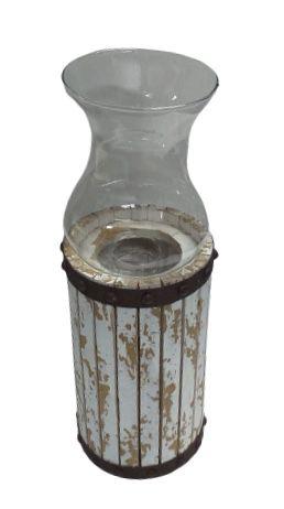 Castiçal de madeira com vidro G