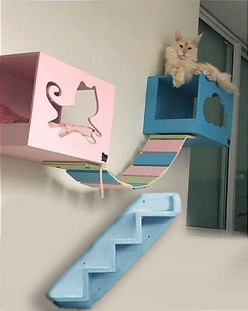 Kit com 02 nichos uma ponte entre eles e 01 escada Colorido