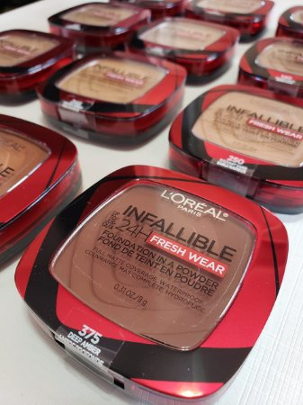 L'Oreal Paris Infallible Fresh Wear Foundation in a Powder, Up to 24H Wear