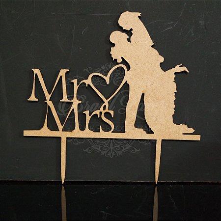 Topo De Bolo de Fincar - Mr Mrs com casal - Cor à Escolher