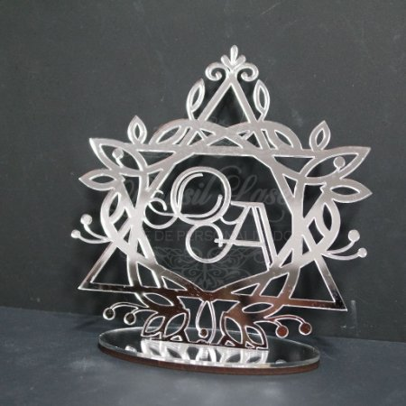Topo De Bolo Personalizado nas iniciais - Tamanho 20cm (maior lado da peça) - Cor à Escolher