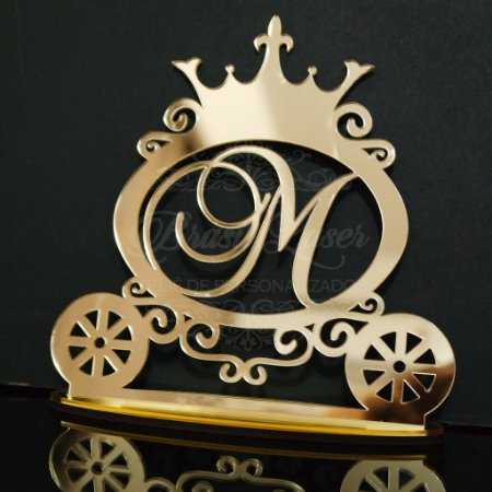 Topo de Bolo Carruagem Personalizado  - Tamanho com 14 cm (maior lado da peça) - Cor à Escolher