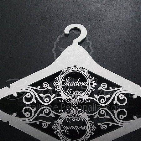 Cabide com Brasão - Personalizado com o Nome da Debutante ou Noivos Casamento