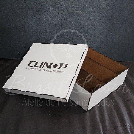 1 Caixa para (Com divisórias que cabem 1 mini Espumante e 2 Taças) em Mdf Branco tamanho 24cm x 24cm x 8cm Personalizada