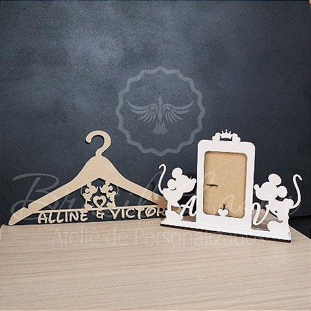 Kit Mickey e Minnie! 1 Porta Retrato em Mdf Branco + 1 Cabide Personalizado em Mdf Cru