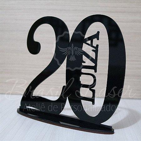 Topo De Bolo - Tamanho com 20cm (maior lado da peça) - Cor à Escolher