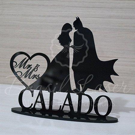 Topo De Bolo  Batman - Tamanho com 14 cm (maior lado da peça) - Cor à Escolher