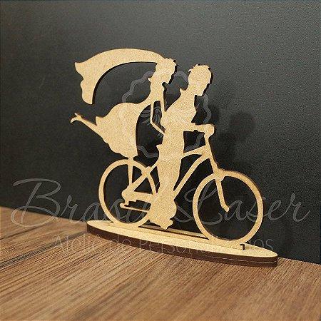 Topo De Bolo Casal na Bicicleta com 14cm (maior lado da peça) - Cor à Escolher
