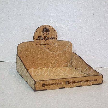 10 Expositores de Brownie / Alfajor / Palha Italiana / Cake / Pão de Mel com 26x26cm em Mdf com logomarca gravada