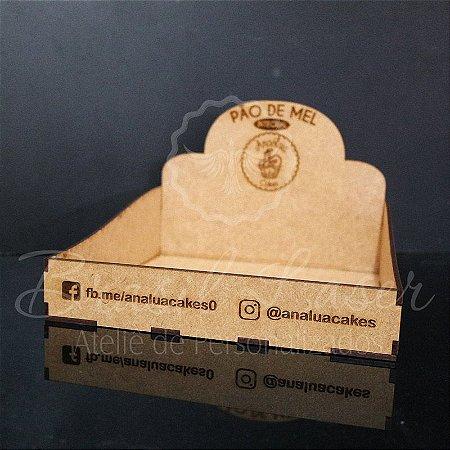 20 Expositores de Brownie com 20x20cm em Mdf com logomarca gravada - ENVIADO DESMONTADO E DESCOLADO