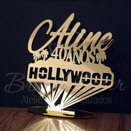 Topo De Bolo Hollywood com Tamanho com 14 cm (maior lado da peça) - Cor à Escolher